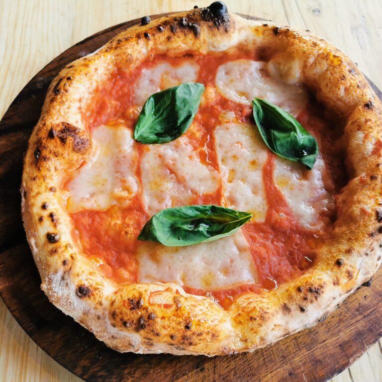 Vegan Margherita from Purezza